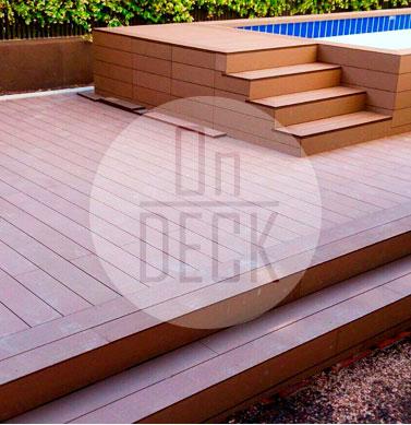 Piezas On-deck sobre jardín